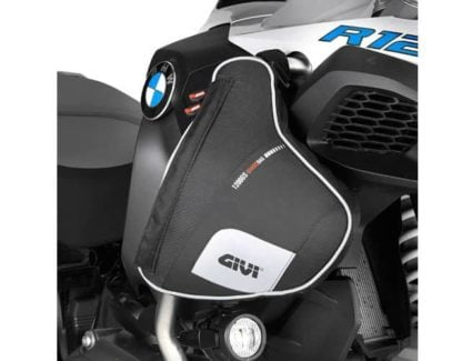 givi_xs5112e_mounted_02_web_1